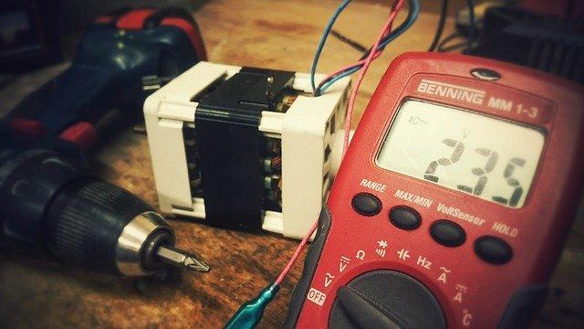 Nástroje potrebné k elektroinštalácii
